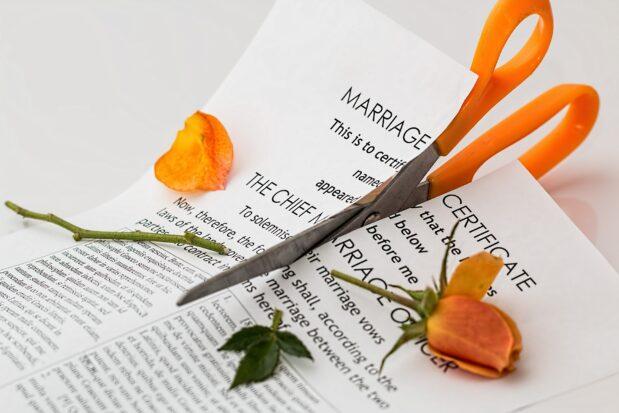 Wie man eine Scheidung durchführt